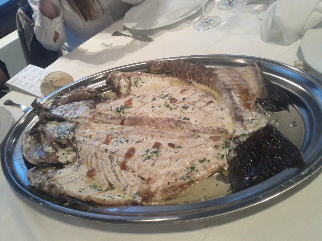 Mero negro del atlántico a la parrila - Restaurante Hondartzape (Bizkaia)