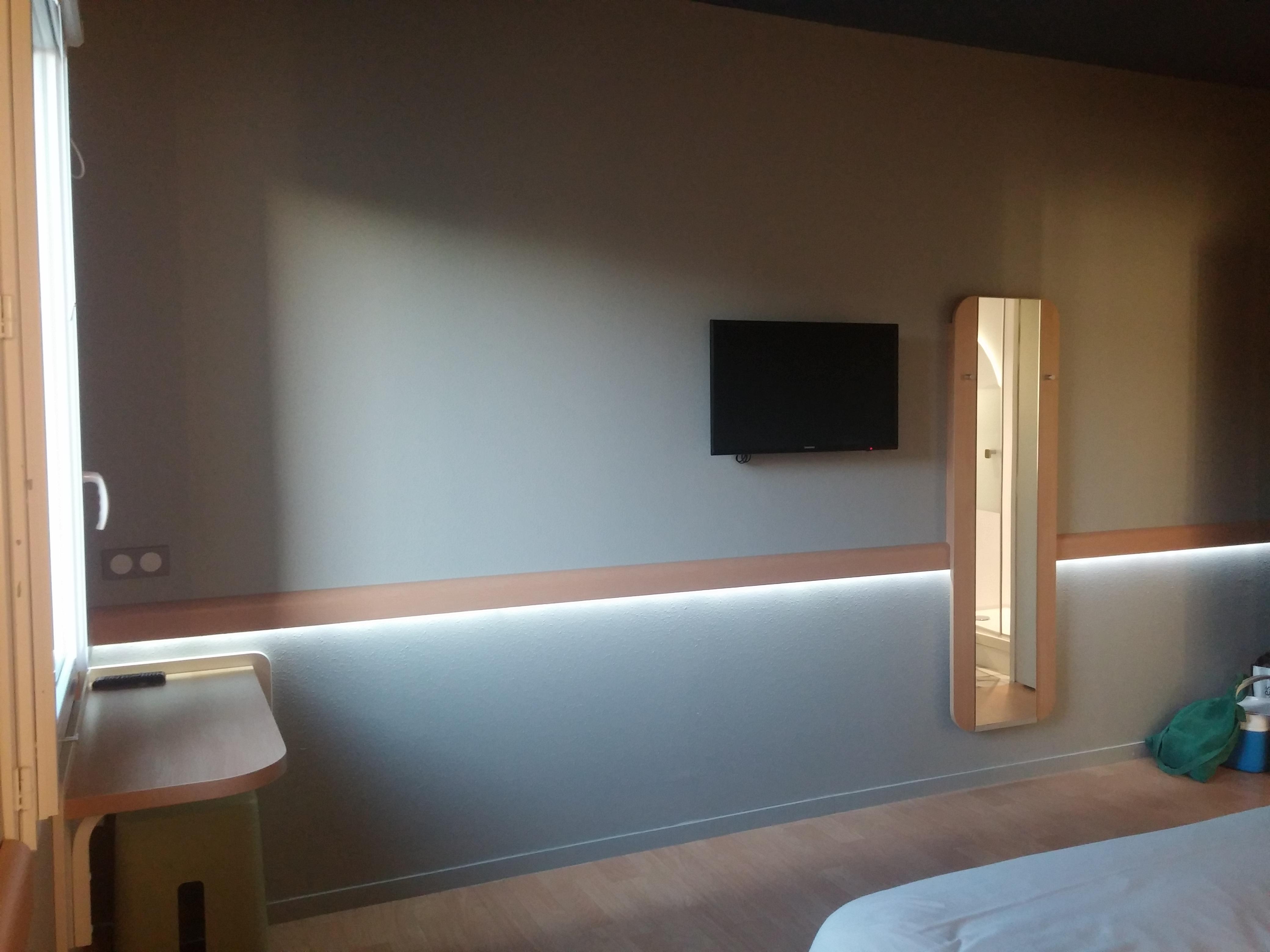 hotel-ibis-budget-saint-martin-de-crau